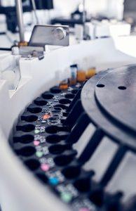 Zentrifuge des Labors der Max Grundig Klinik