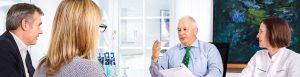 Prof. Diehm im Gespräch mit Patientin