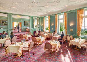 Blick ins Restaurant der Max Grundig Klinik