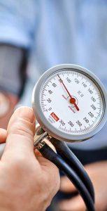Das Blutdruckmessgerät in Nahaufnahme