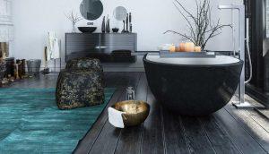 Badewanne in einem stilvollen Badezimmer